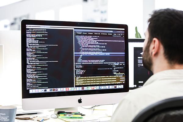 photo représentant le service Web et numérique